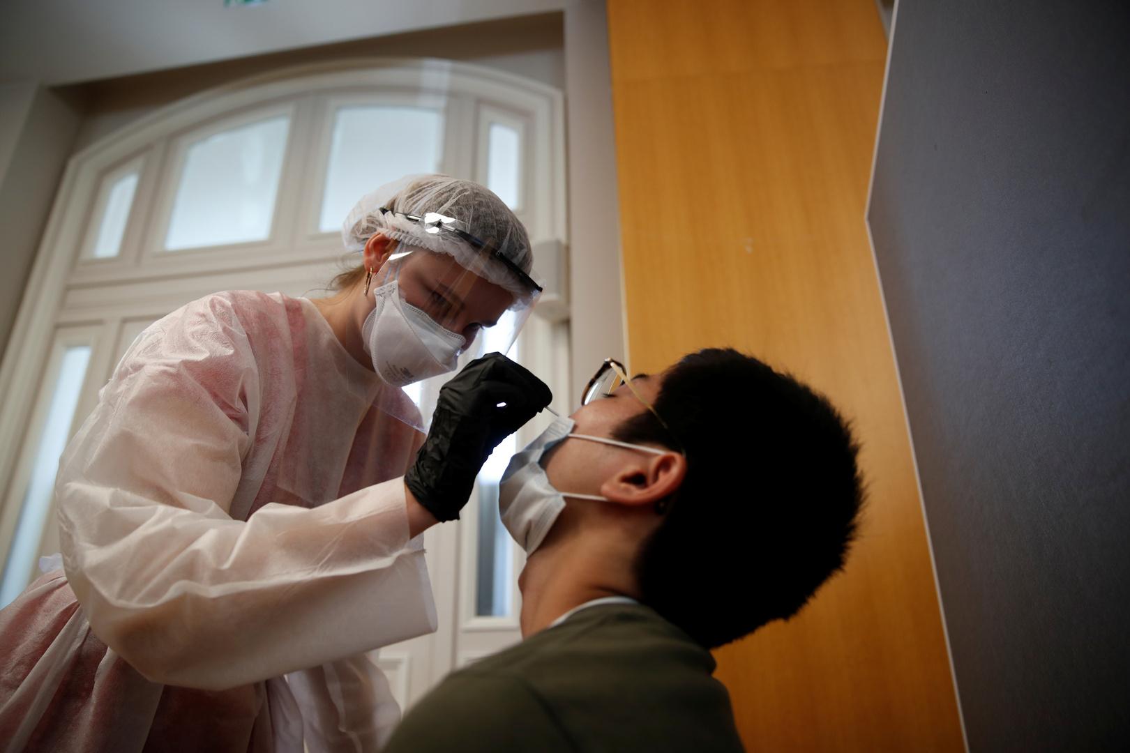 لأول مرة.. فرنسا تسجل أكثر من 10 آلاف إصابة بكورونا خلال يوم