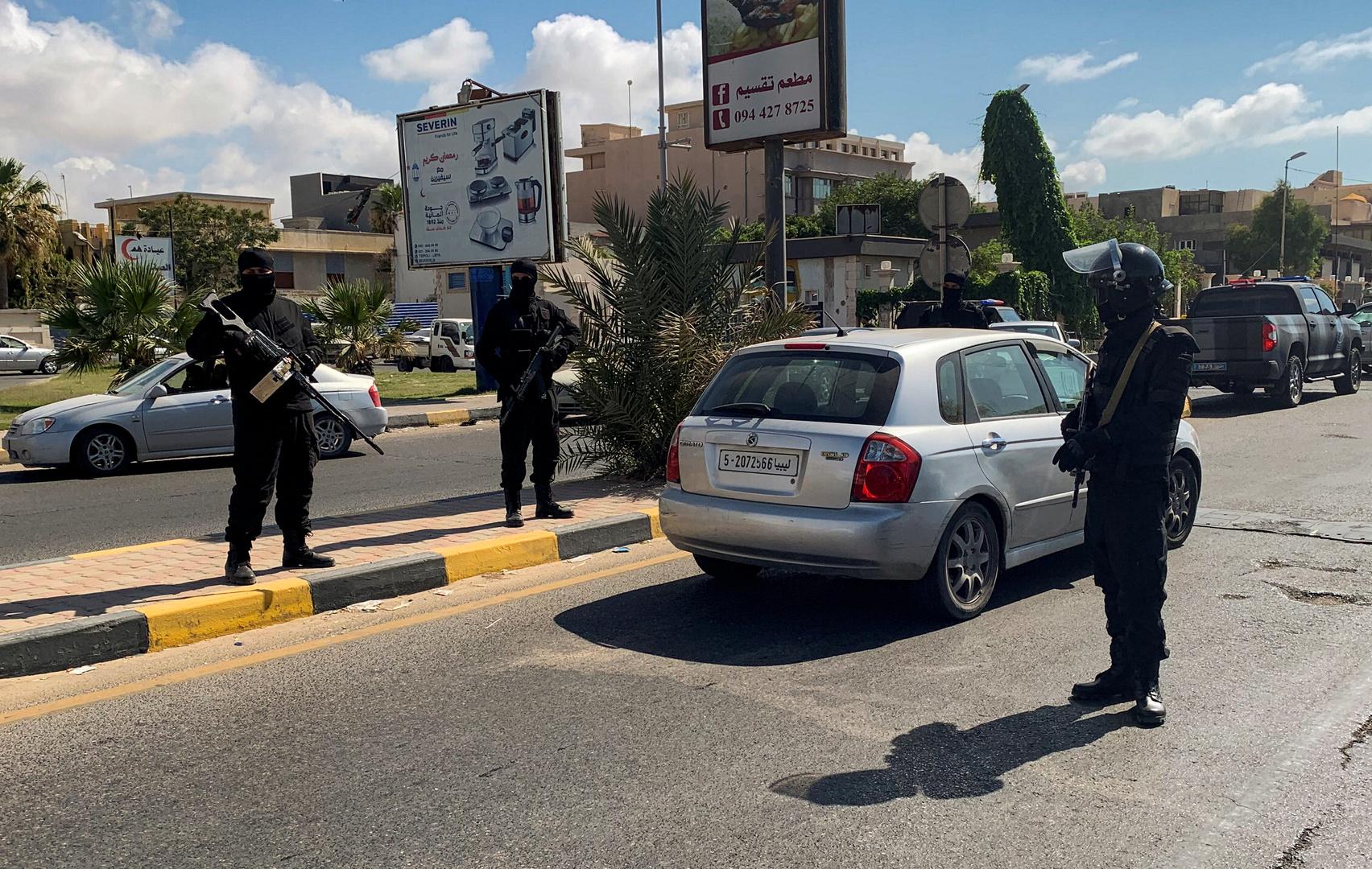 ليبيا: العملية انطلقت والحكومة استقالت
