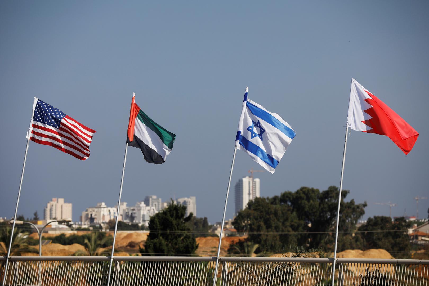تقارير إعلامية: 3 دول عربية وباكستان قد تكون التالية في اتفاق مع إسرائيل