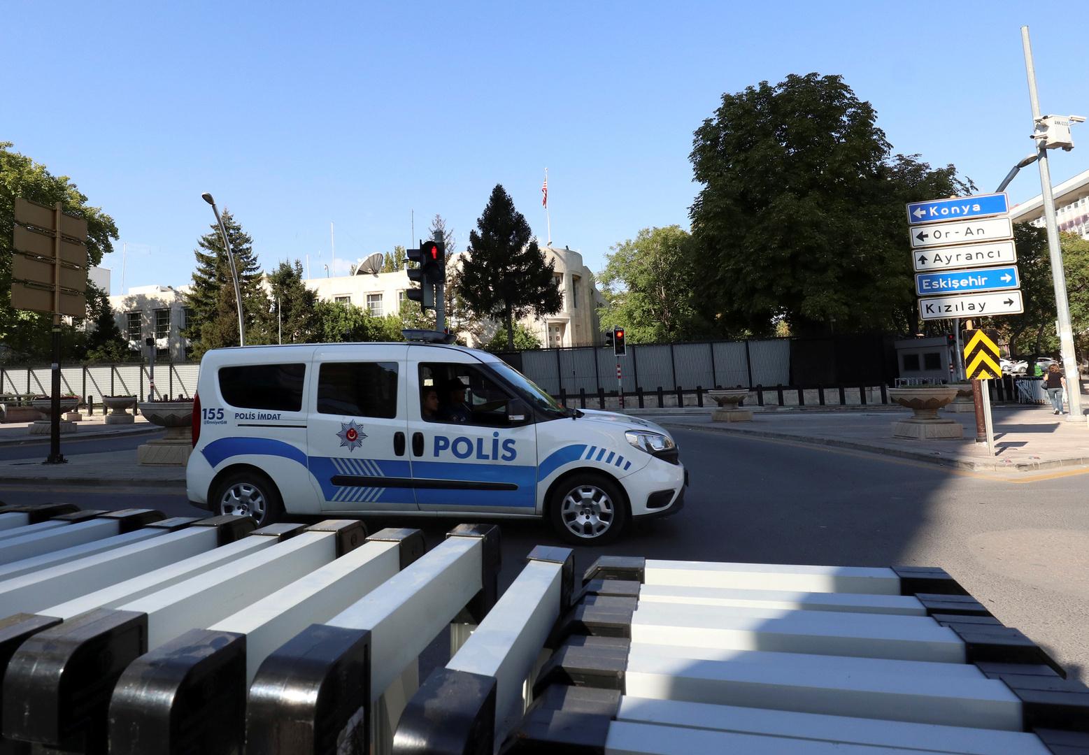 تركيا تصدر قرارات اعتقال 78 عسكريا ومدرسا في مطاردتها لعناصر تنظيم غولن