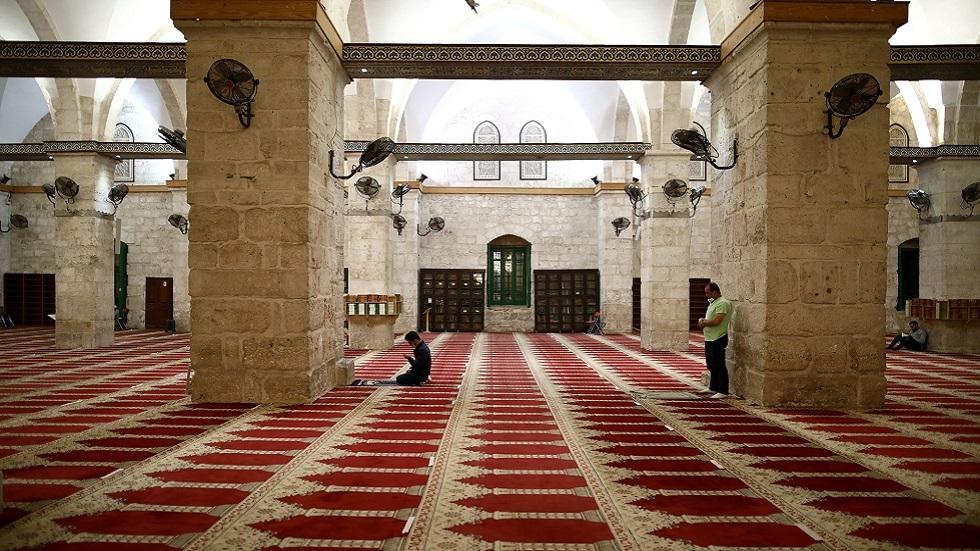بسبب كورونا.. تعليق دخول المصلين إلى المسجد الأقصى