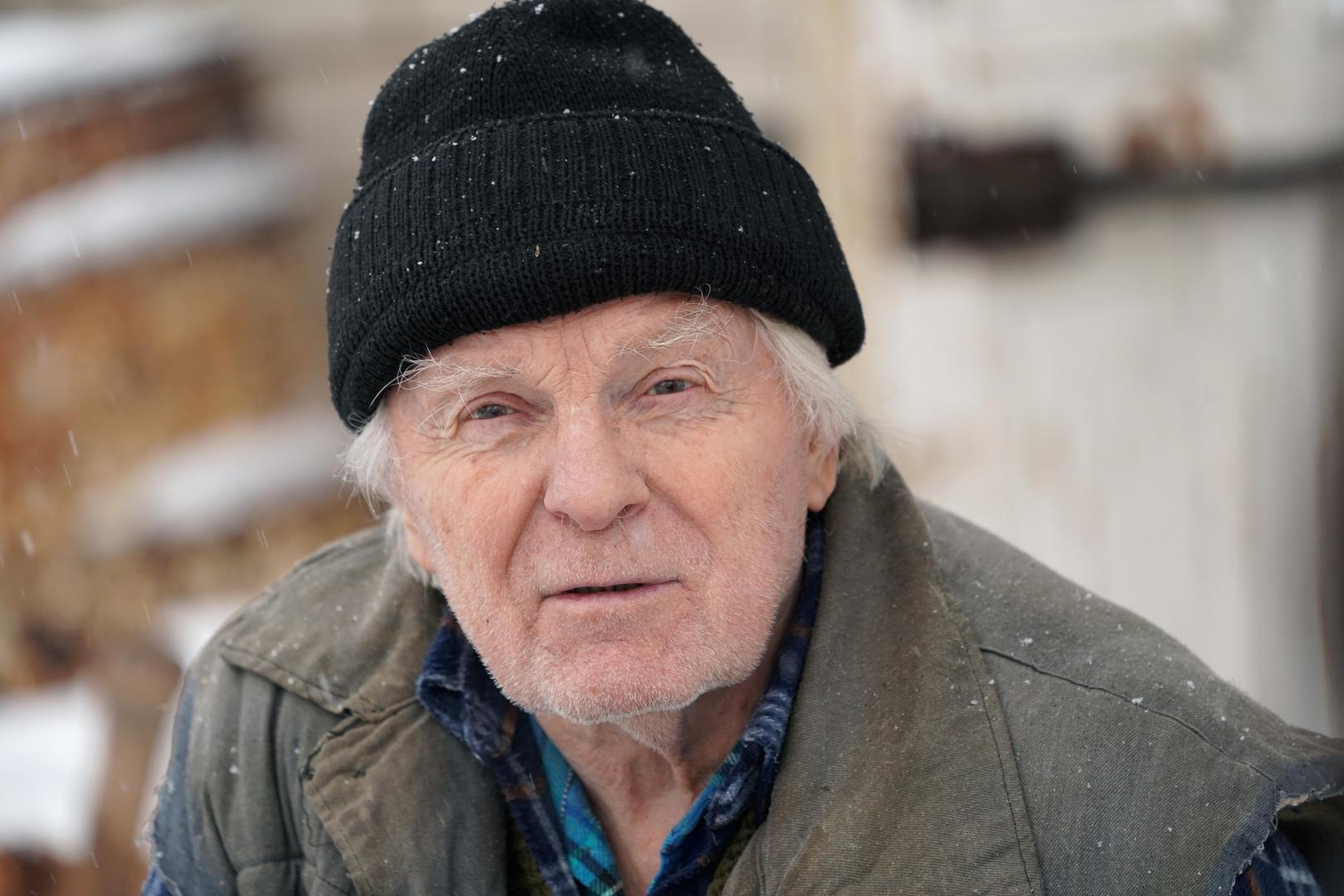 ممثل سوفيتي مخضرم: أنا شيوعي مخلص ولست خائفا من الفيروس التاجي