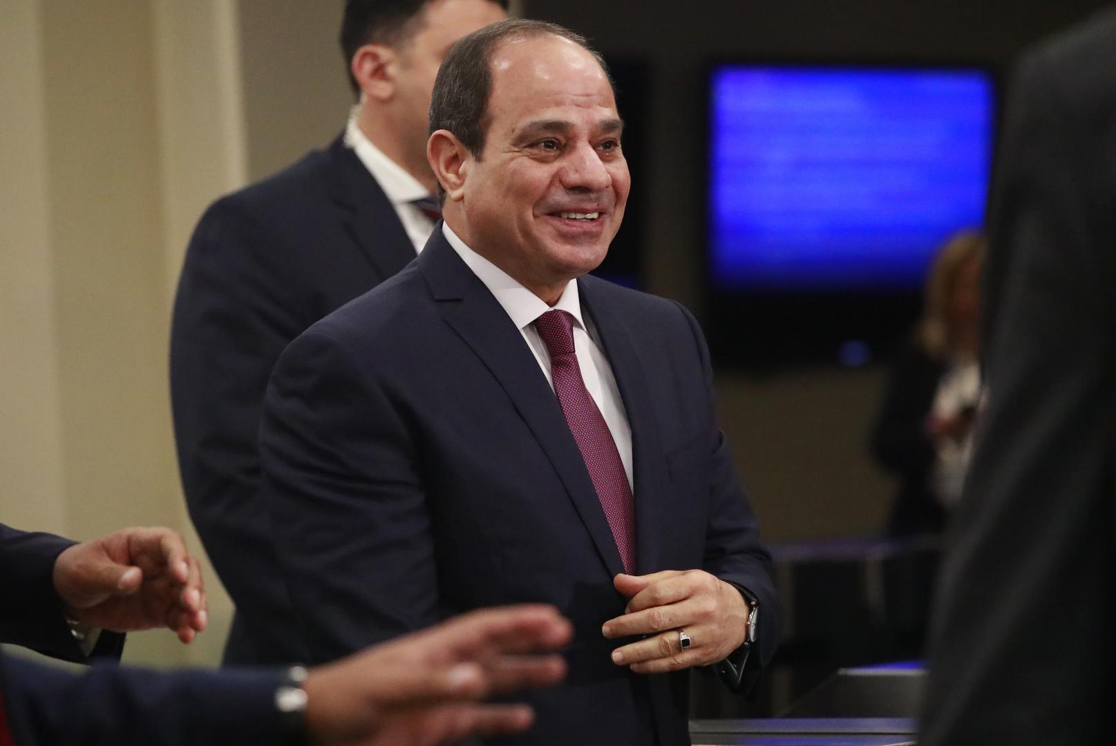 السيسي يتوقع وصول عدد سكان مصر إلى 193 مليون نسمة