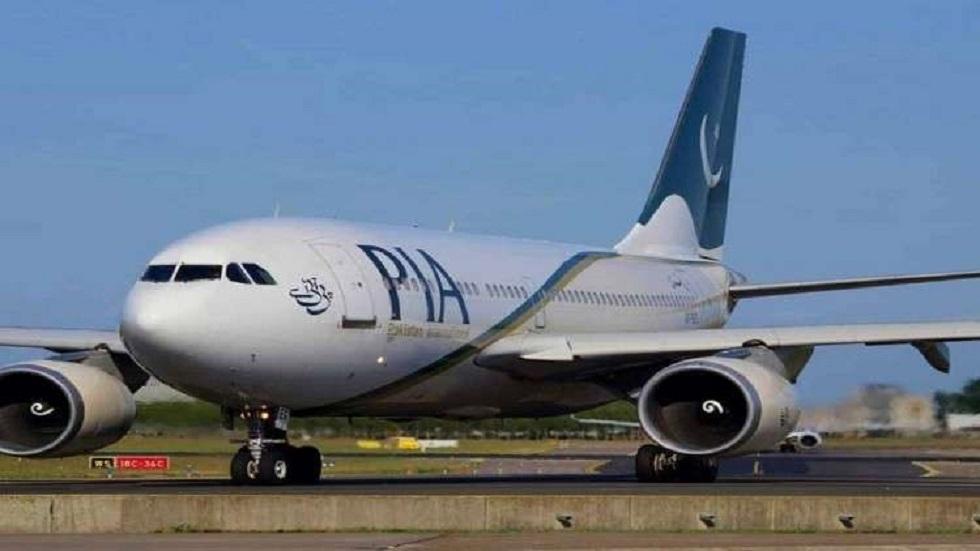 باكستان تحقق مع 50 طيارا و5 مسؤولين بالطيران المدني