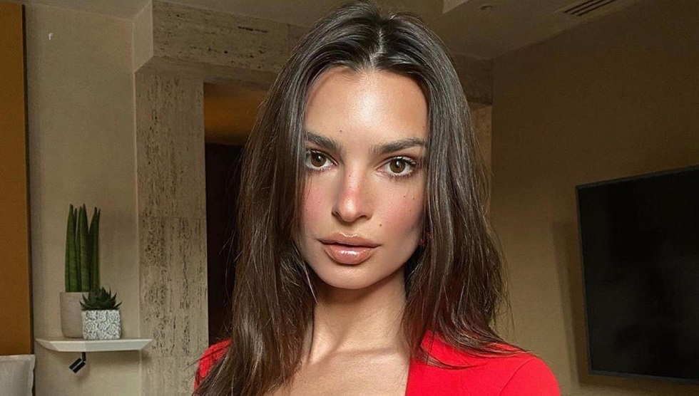 عارضة أزياء عالمية شهيرة تتهم مصورا بالاعتداء الجنسي عليها