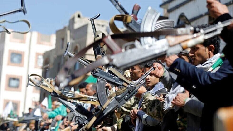 الحوثيون يعلنون إصابة