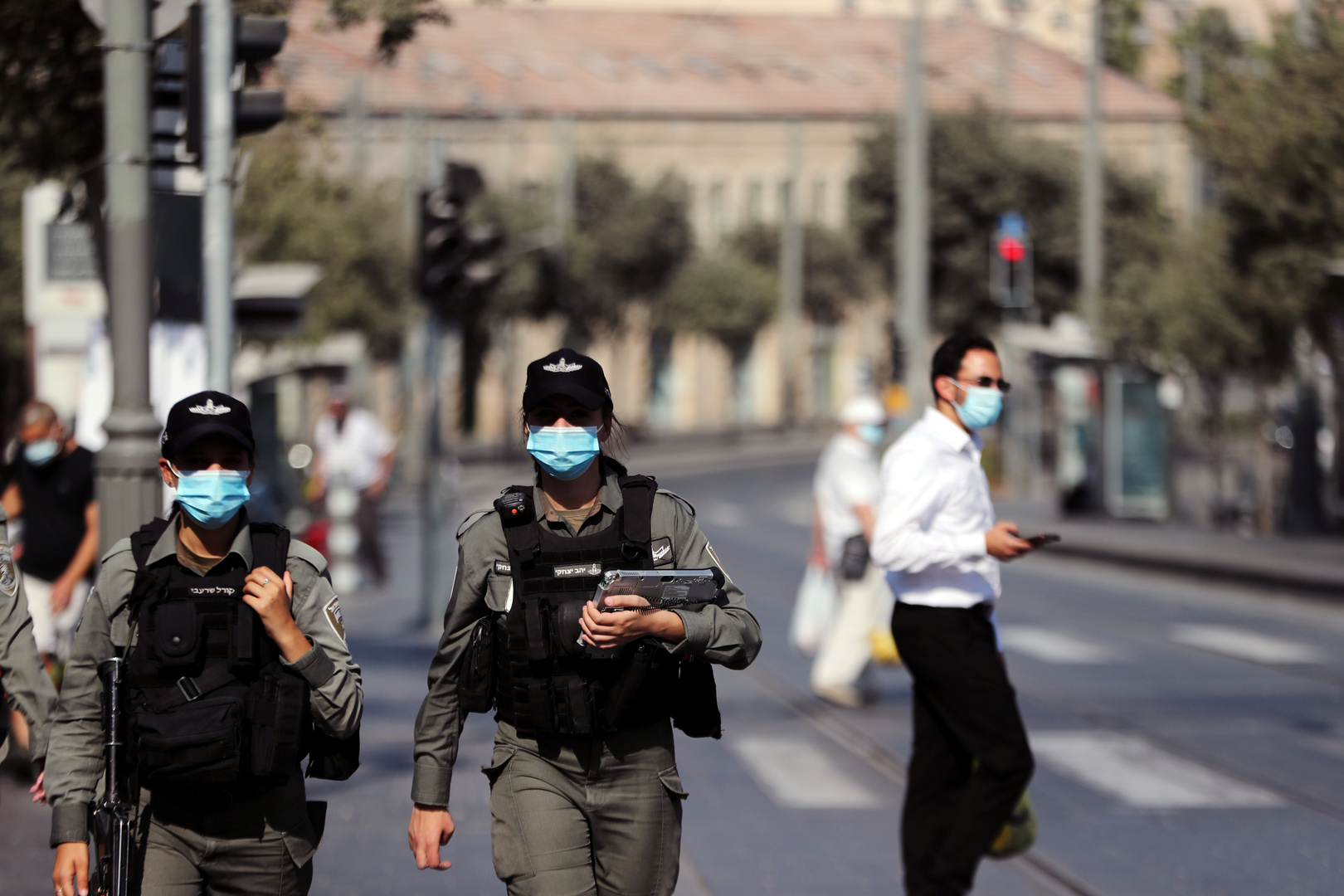 إسرائيل أول دولة في العالم تعيد فرض الحجر الصحي التام