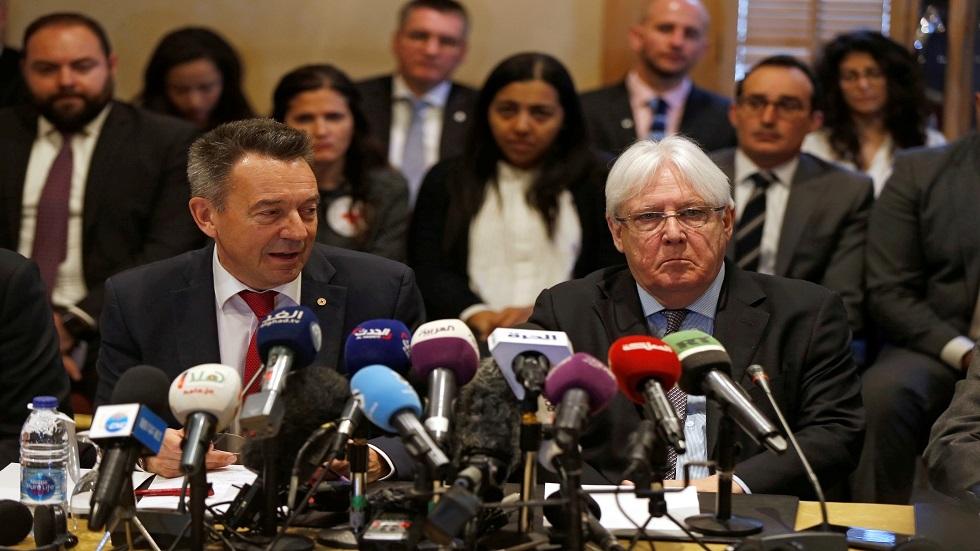 مبعوث الأمم المتحدة الخاص إلى اليمن مارتن غريفيث ورئيس اللجنة الدولية للصليب الأحمر بيتر ماورير يتحدثان إلى وسائل الإعلام - أرشيف