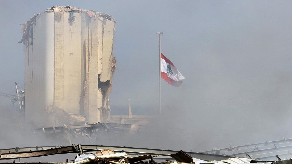 الجيش اللبناني يعلن العثور على مفرقعات في أحد عنابر مرفأ بيروت (صور)