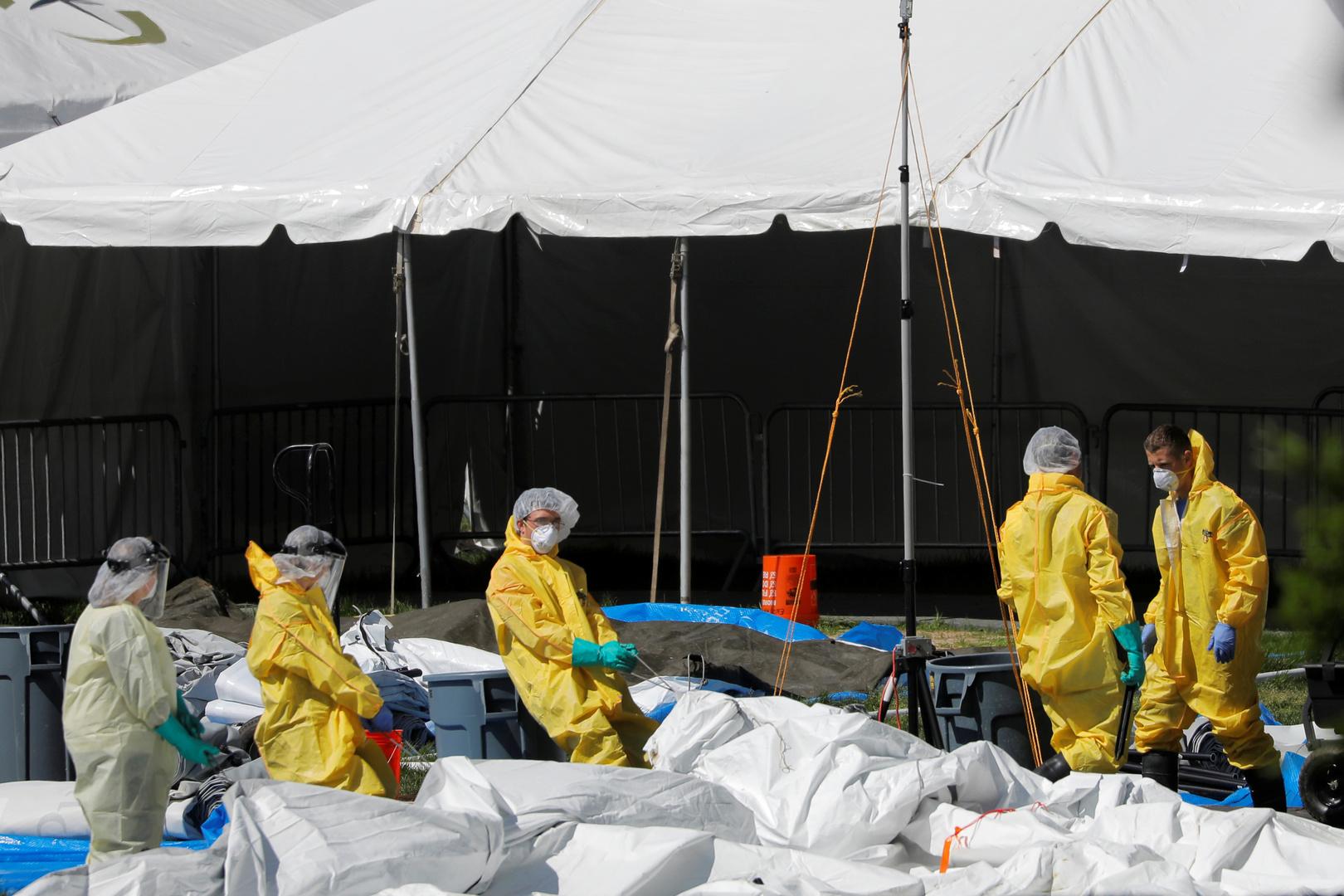 نحو 200 ألف وفاة في الولايات المتحدة بسبب كورونا وأكثر من 6.7 مليون إصابة
