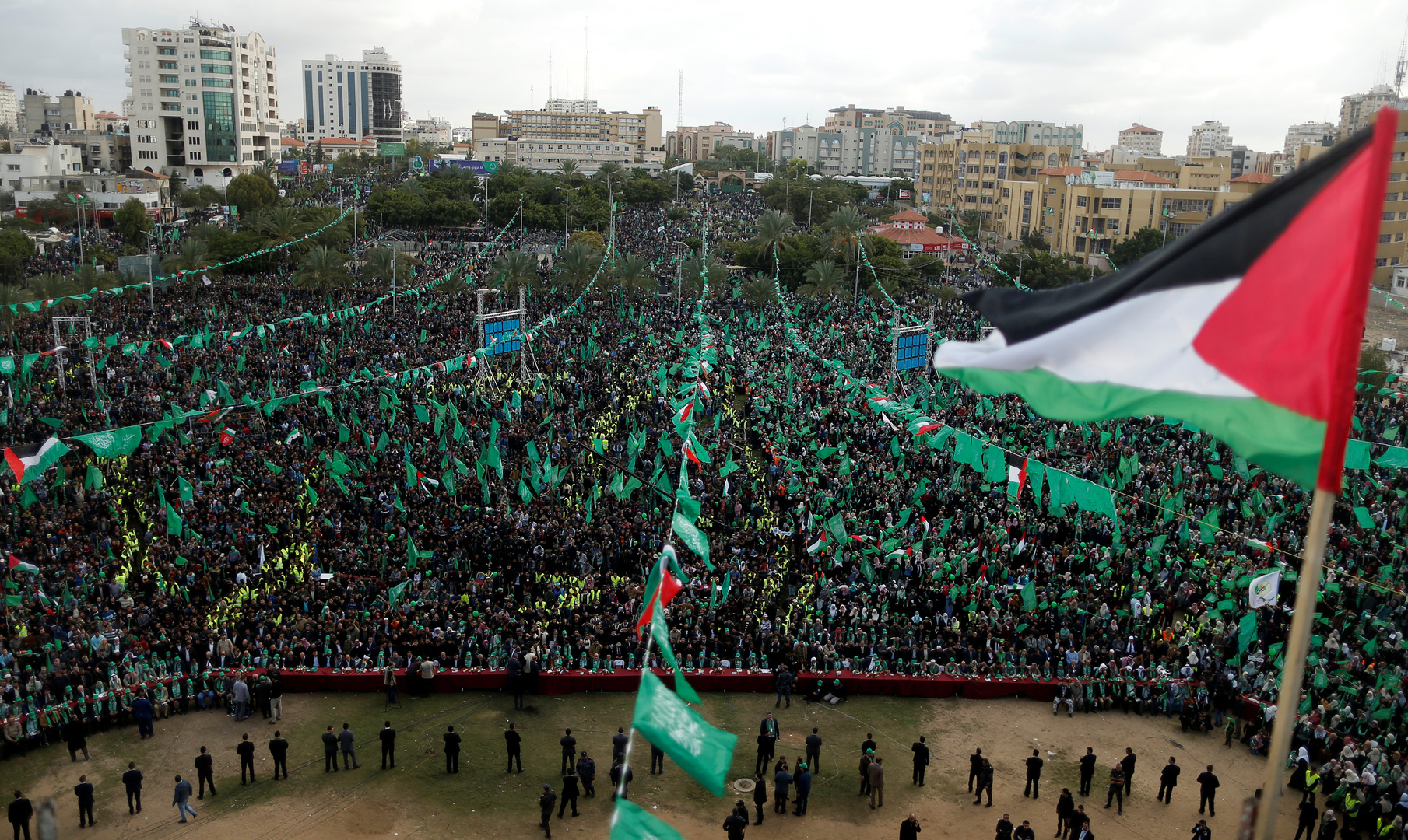 """""""حماس"""" تثمن موقف الرئيس الجزائري الرافض للتطبيع"""