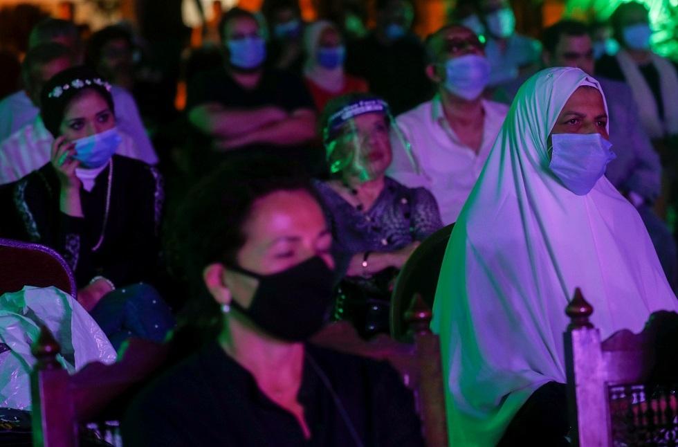 مصر تسجل 126 إصابة و17 وفاة جديدة بفيروس كورونا