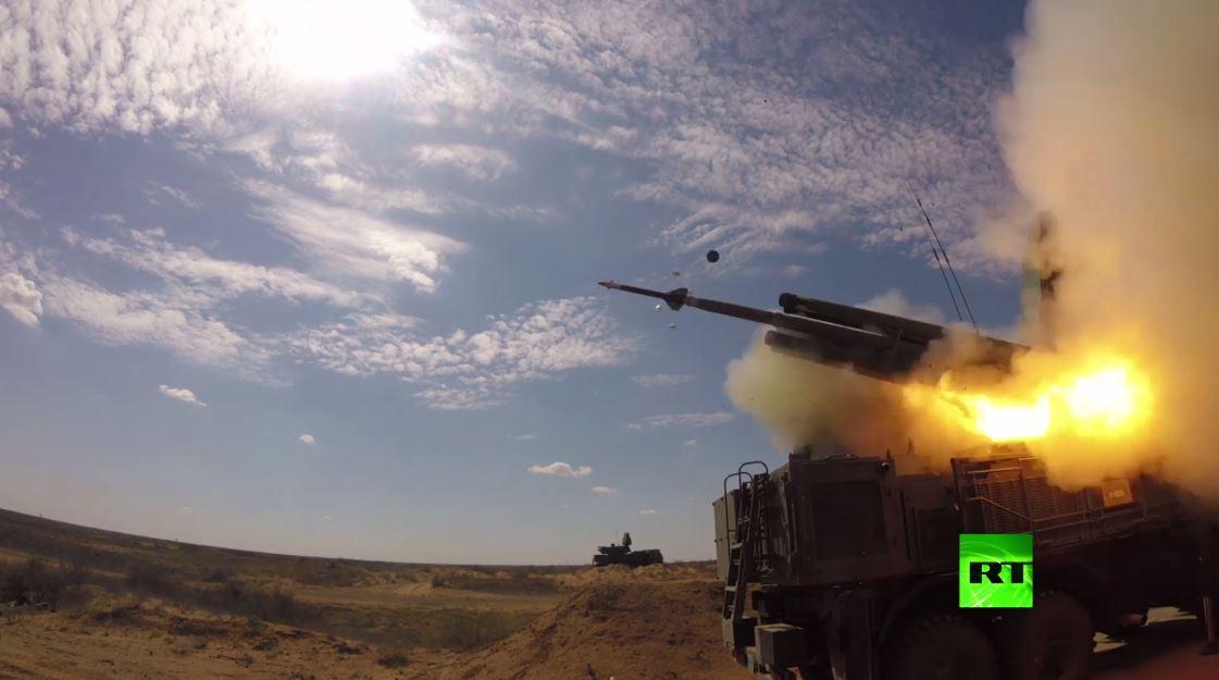 منظومات اس-400 و بانتسير-اس تصد ضربة جوية صاروخية