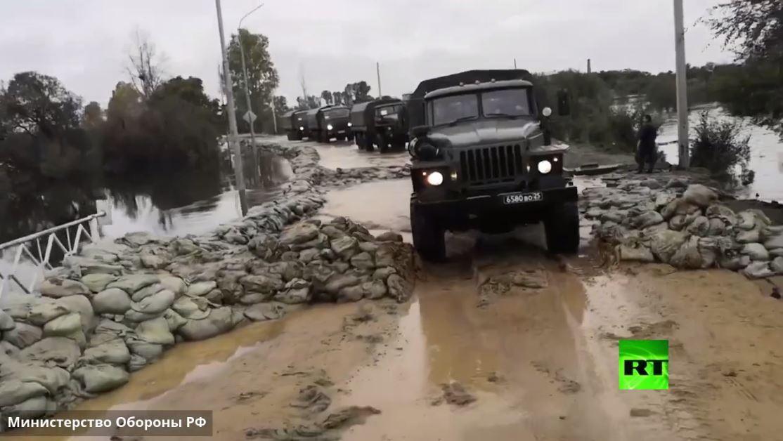 القوات الروسية تشارك في منع اتساع رقعة الفيضانات في أقصى شرق روسيا