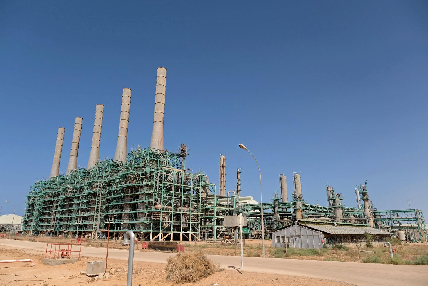النفط الليبي خرج من الأسر