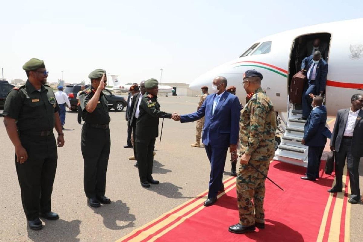 عودة رئيس مجلس السيادة الانتقالي السوداني، الفريق أول عبد الفتاح البرهان، إلى الخرطوم