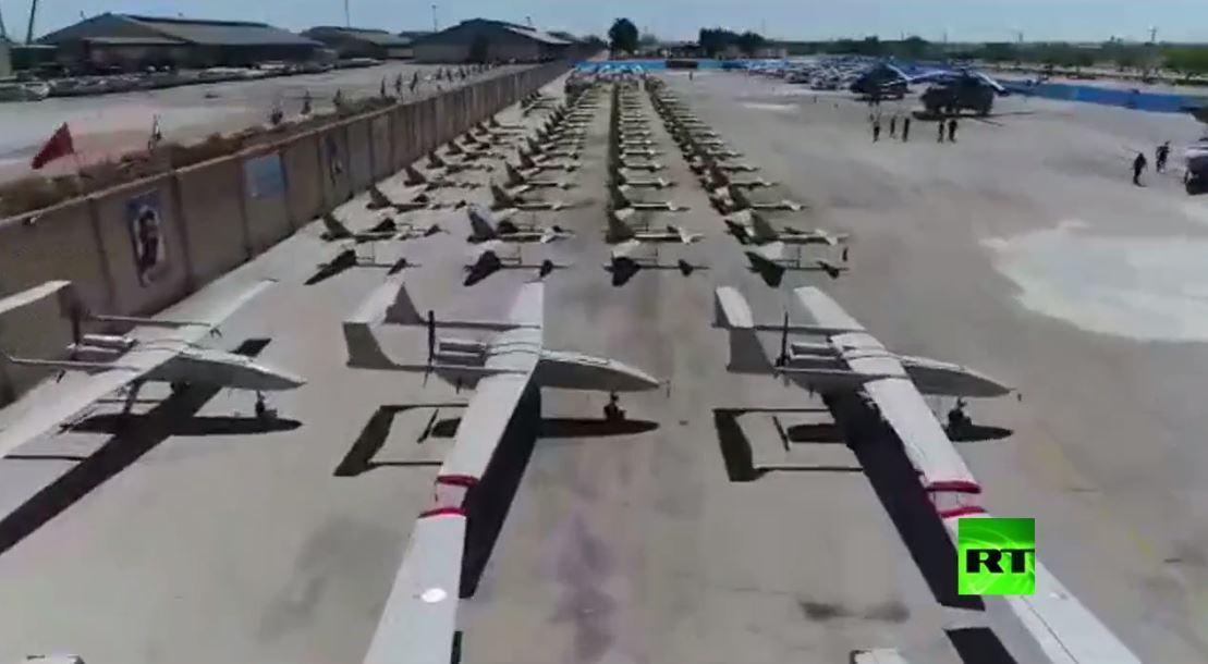 تزويد القوات البحرية في الحرس الثوري بعشرات طائرات مسيرة ومروحيات هجومية