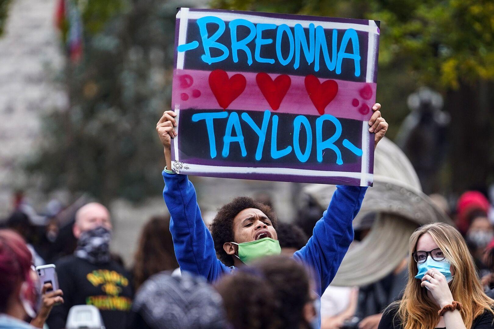 لا اتهامات لشرطيين في قضية مقتل الأمريكية السمراء بريونا تيلور