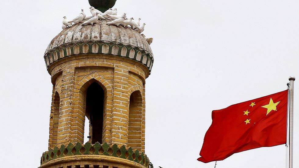 الصين تفند تقريرا بحثيا عن تدميرها آلاف المساجد