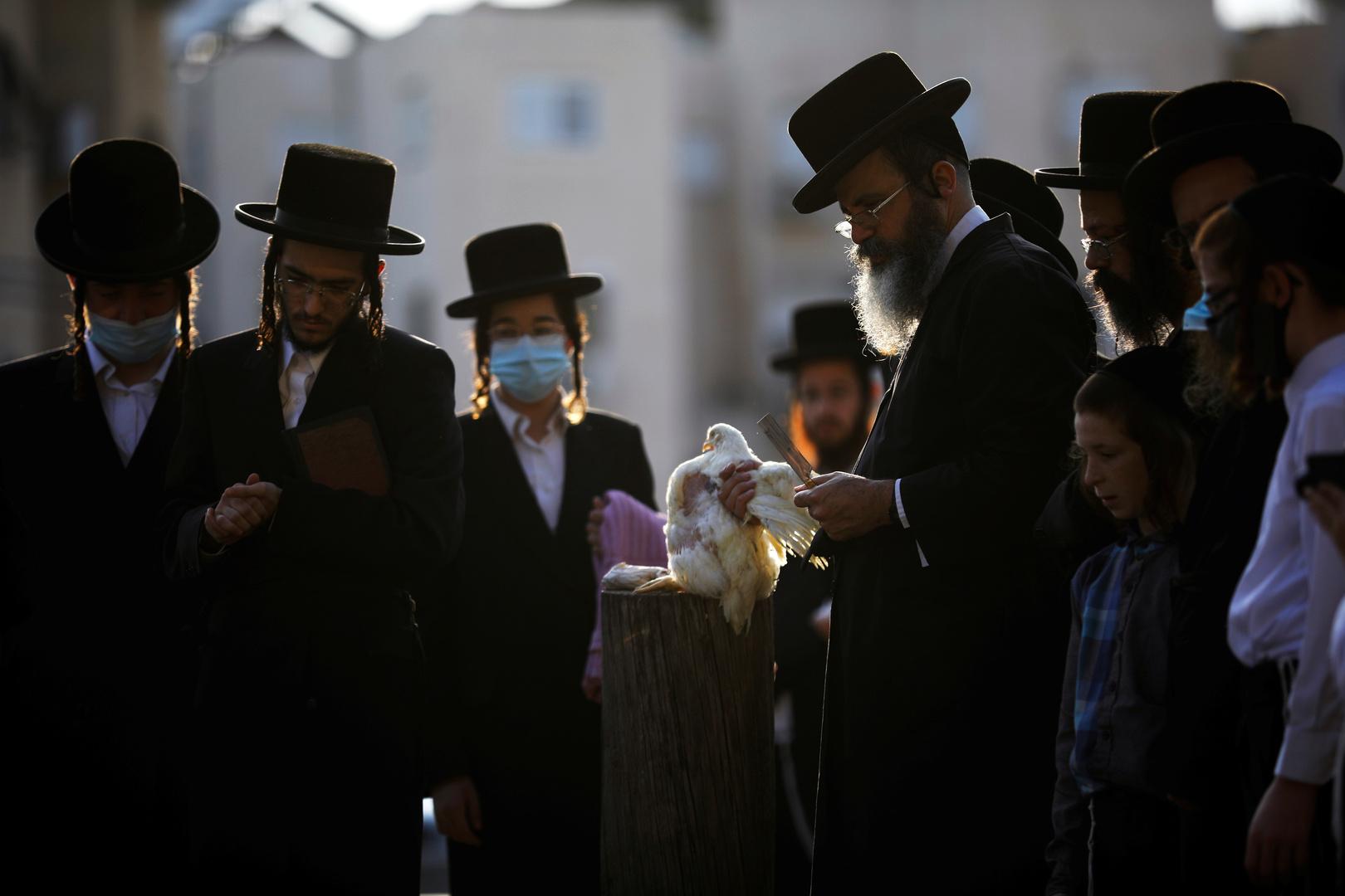 وزير العدل الإسرائيلي: العرب واليهود الحرديم سبب تفشي وباء كورونا