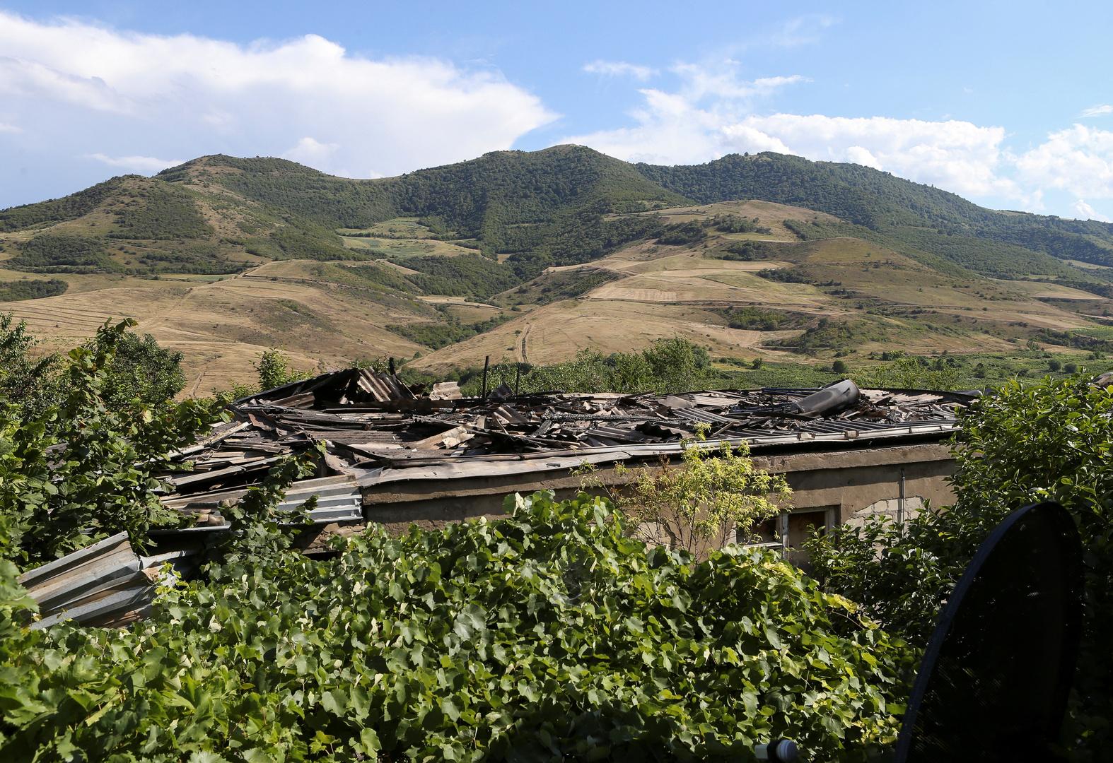 أذربيجان تفرض الأحكام العرفية وحظر التجول