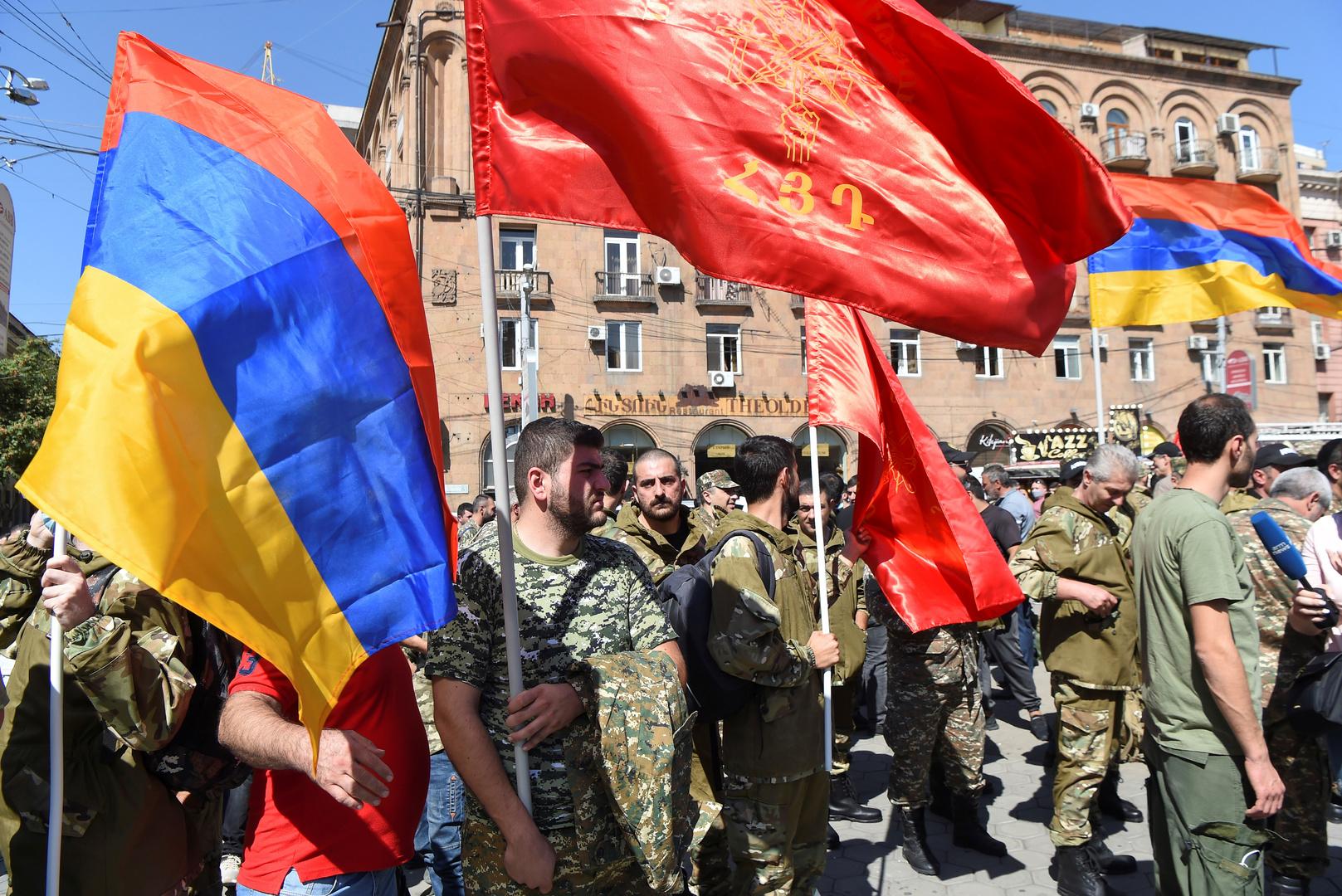 إعلان الأحكام العرفية في أرمينيا على خلفية تفاقم النزاع في إقليم قره باغ