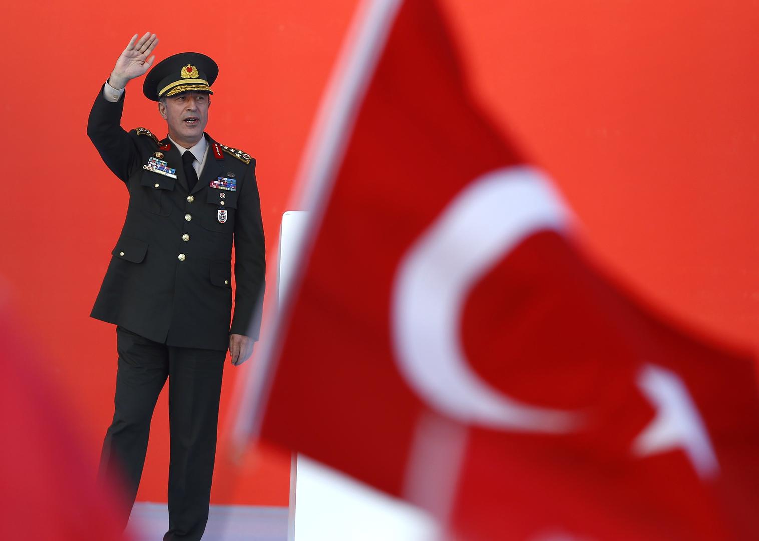 وزير الدفاع التركي خلوصي آكار، صورة من الأرشيف