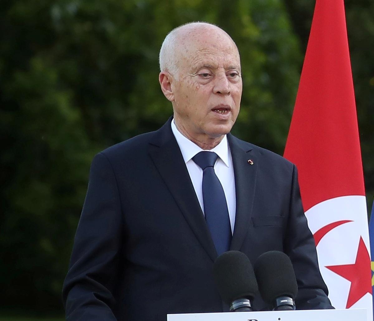بوقادوم يزور تونس ويعد بزخم جديد للعلاقات التونسية الجزائرية