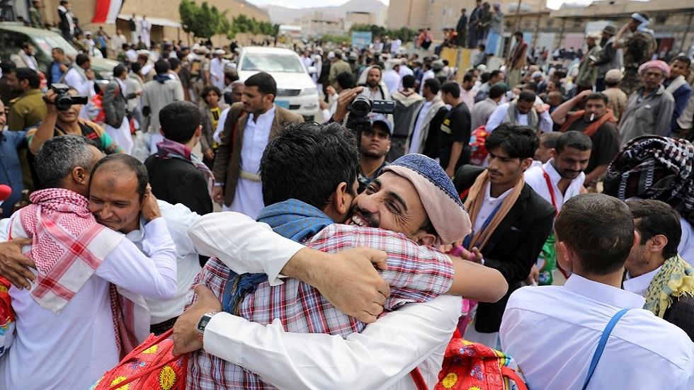 إحدى عمليات الإفراج عن المحتجزين في اليمن (صورة أرشيفية)
