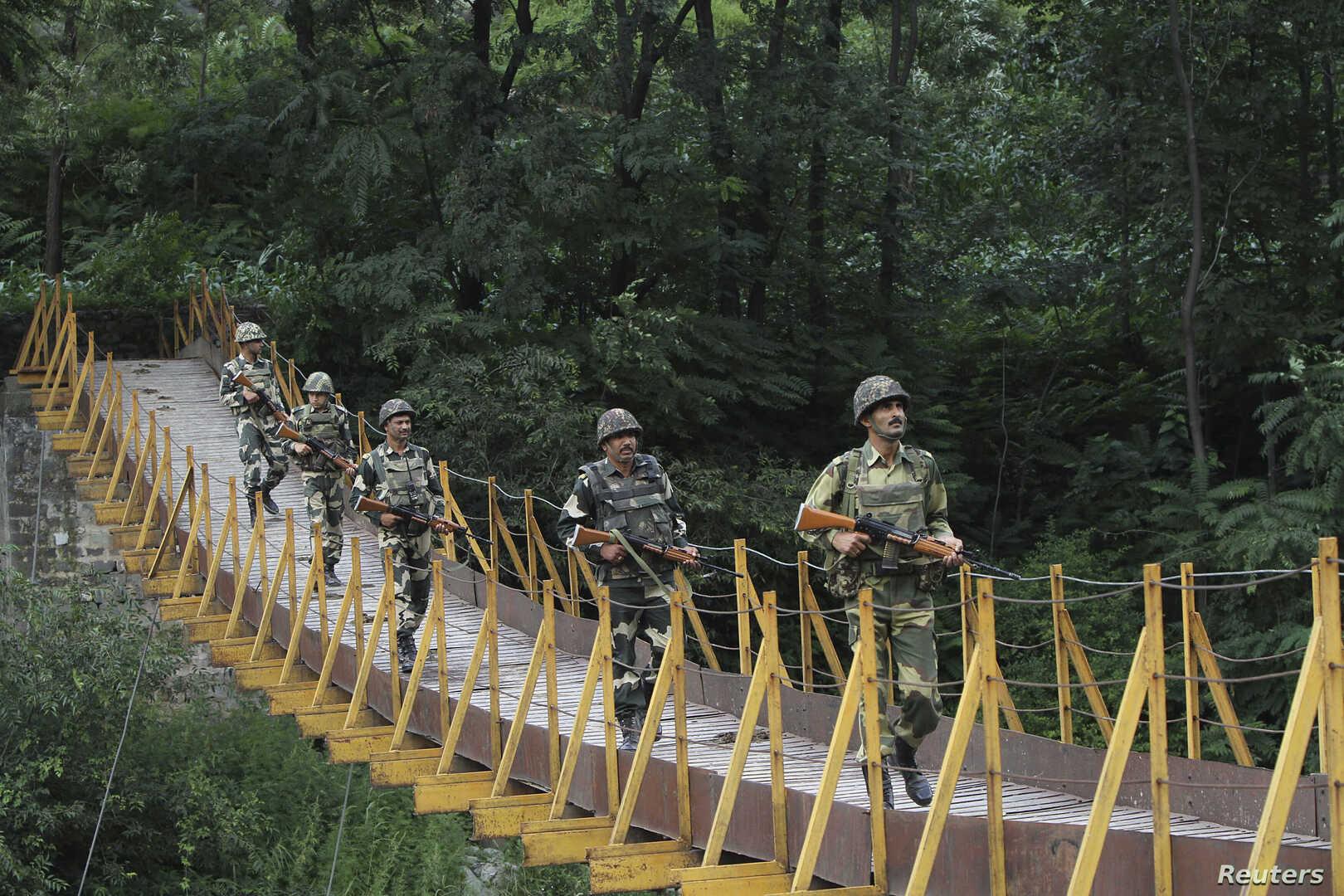 القوات الهندية في كشمير. الصورة: رويترز. أرشيف..