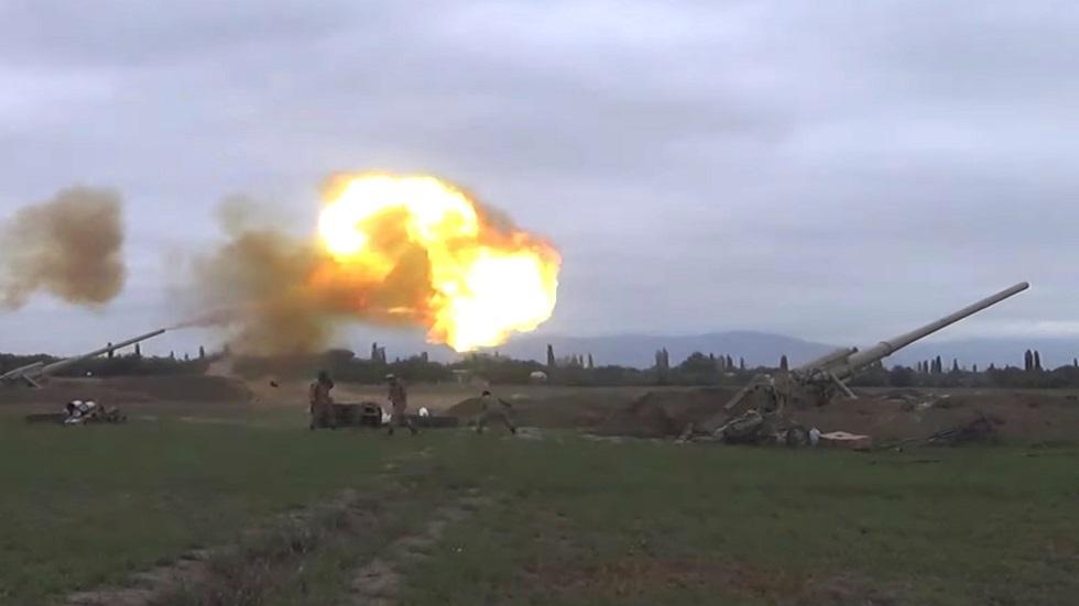 القوات العسكرية الأذربيجانية بالقرب من قره باغ