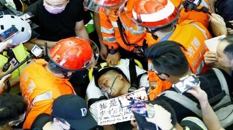سيارة محملة بأطنان الحصى تنقلب وتقتل نحو 10 وتصيب مثلهم في الصين