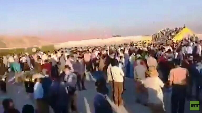إضراب محطة لاستخراج الغاز احتجاجا 5f8b8de44236041d342fa3b0.jpg