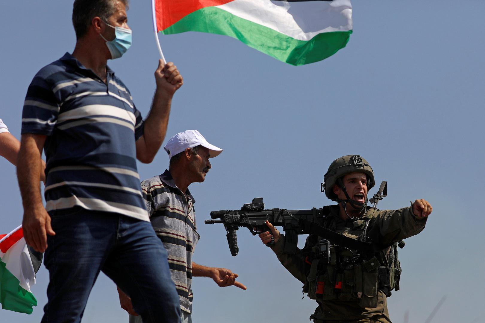 القوات الإسرائيلية تشن حملة اعتقالات واسعة في الضفة الغربية والقدس