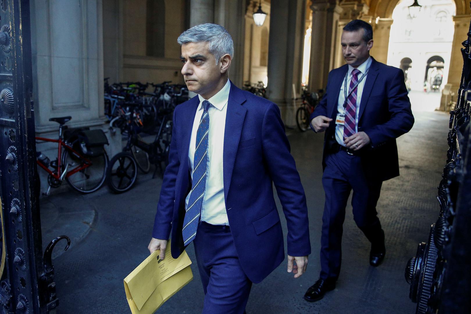 الغارديان: رؤساء بلديات لندن ونيويورك ولوس أنجلوس وباريس يقاطعون قمة سعودية