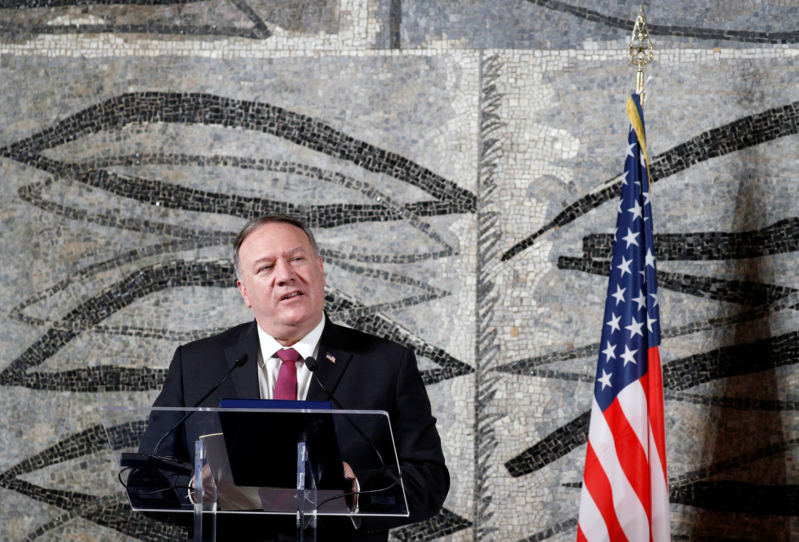واشنطن ترحب بقرار إسرائيل ولبنان البدء في محادثات تتوسط فيها لترسيم الحدود البحرية