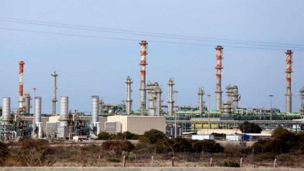 مرفأ الزويتينة الليبي سيصدر 3.8 مليون برميل من الخام في أكتوبر