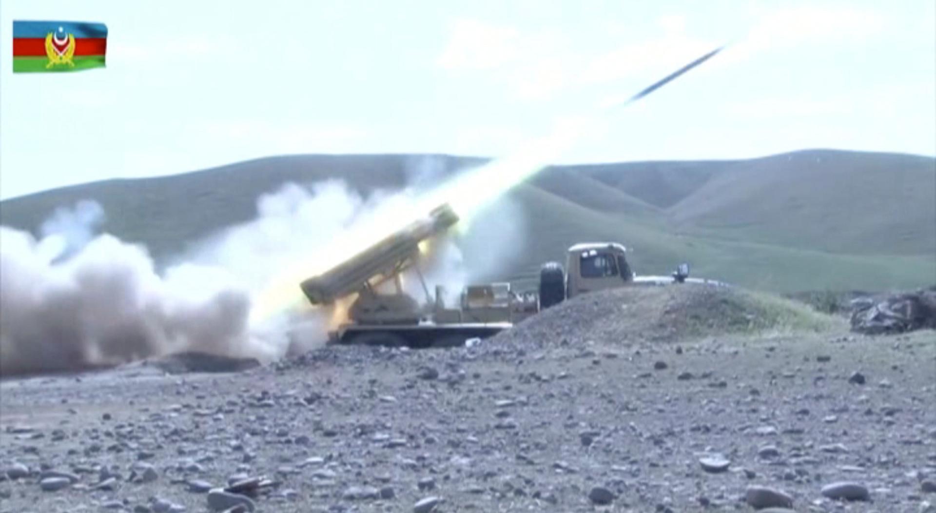 أذربيجان تعلن الاستيلاء على مرتفعات استراتيجية في قره باغ