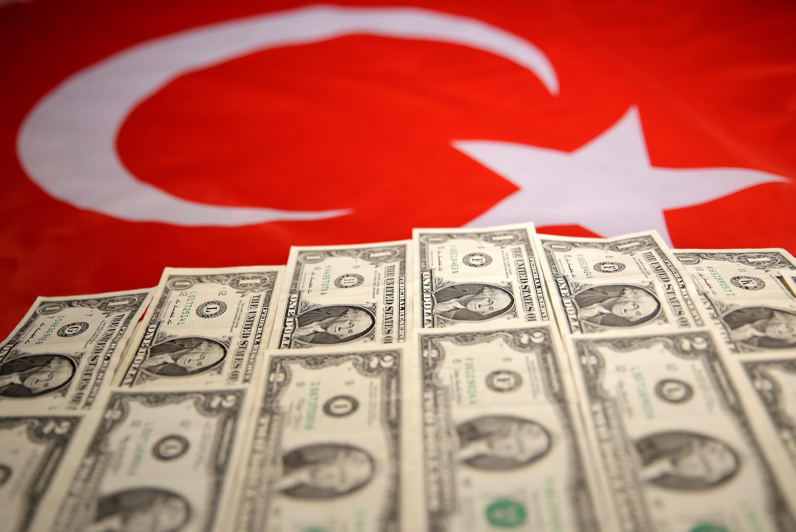 ارتفاع عجز التجارة التركي
