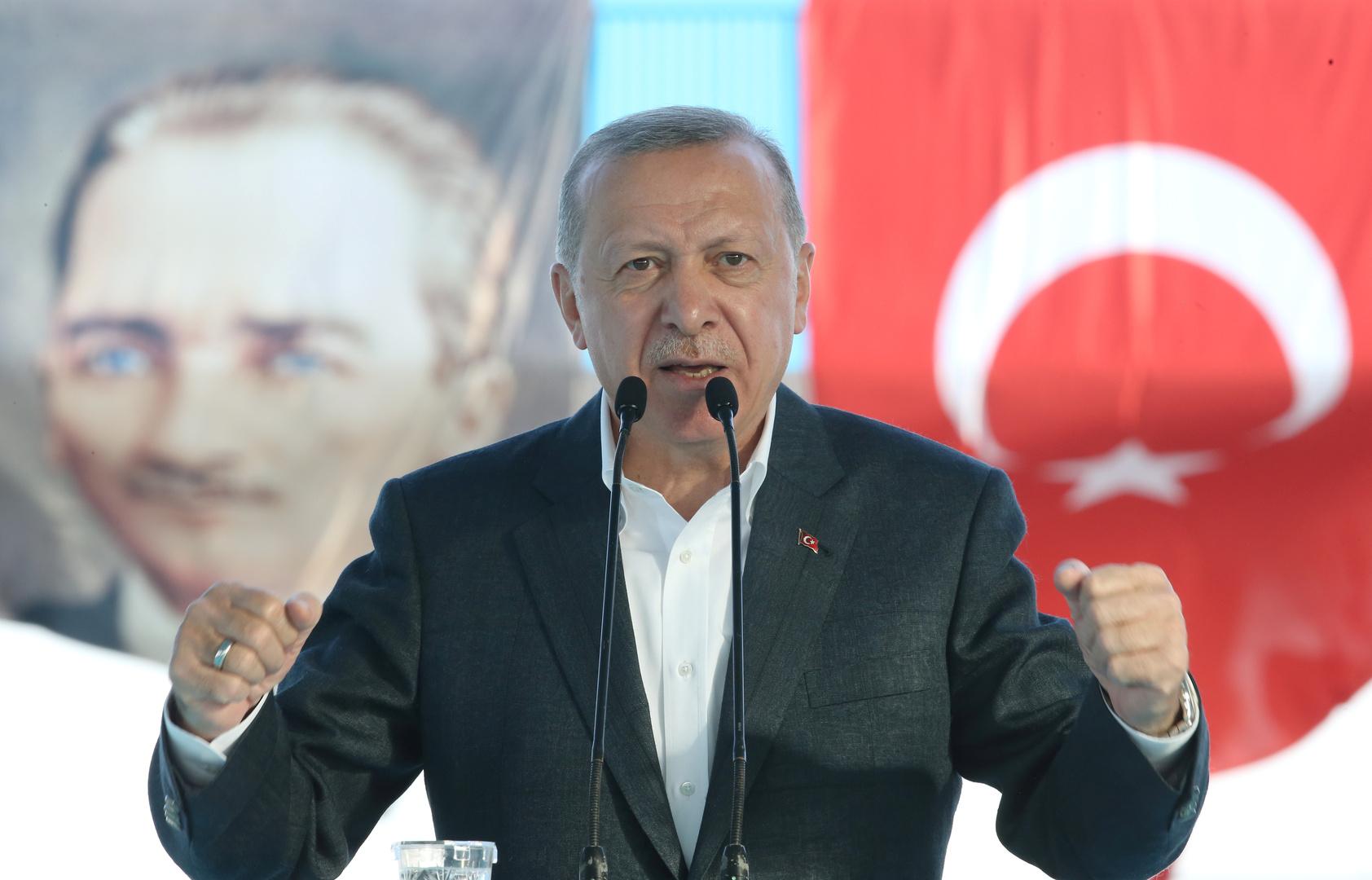 أردوغان يعرب عن أمله في مواصلة الجيش الأذربيجاني هجومه على قره باغ والسيطرة عليها