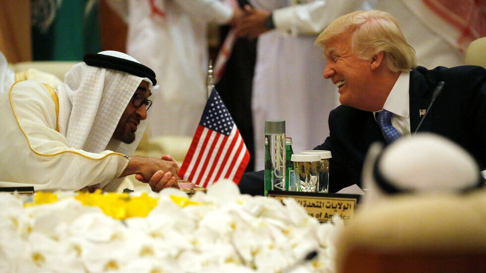الرئيس الأمريكي دونالد ترامب وولي العهد الإماراتي الشيخ محمد بن زايد آل نهيان