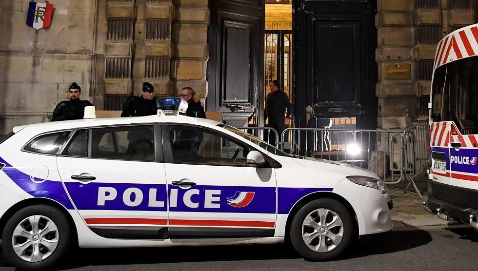 ملاحقة 8 أشخاص في فرنسا بتهمة تمويل الإرهاب إلكترونيا