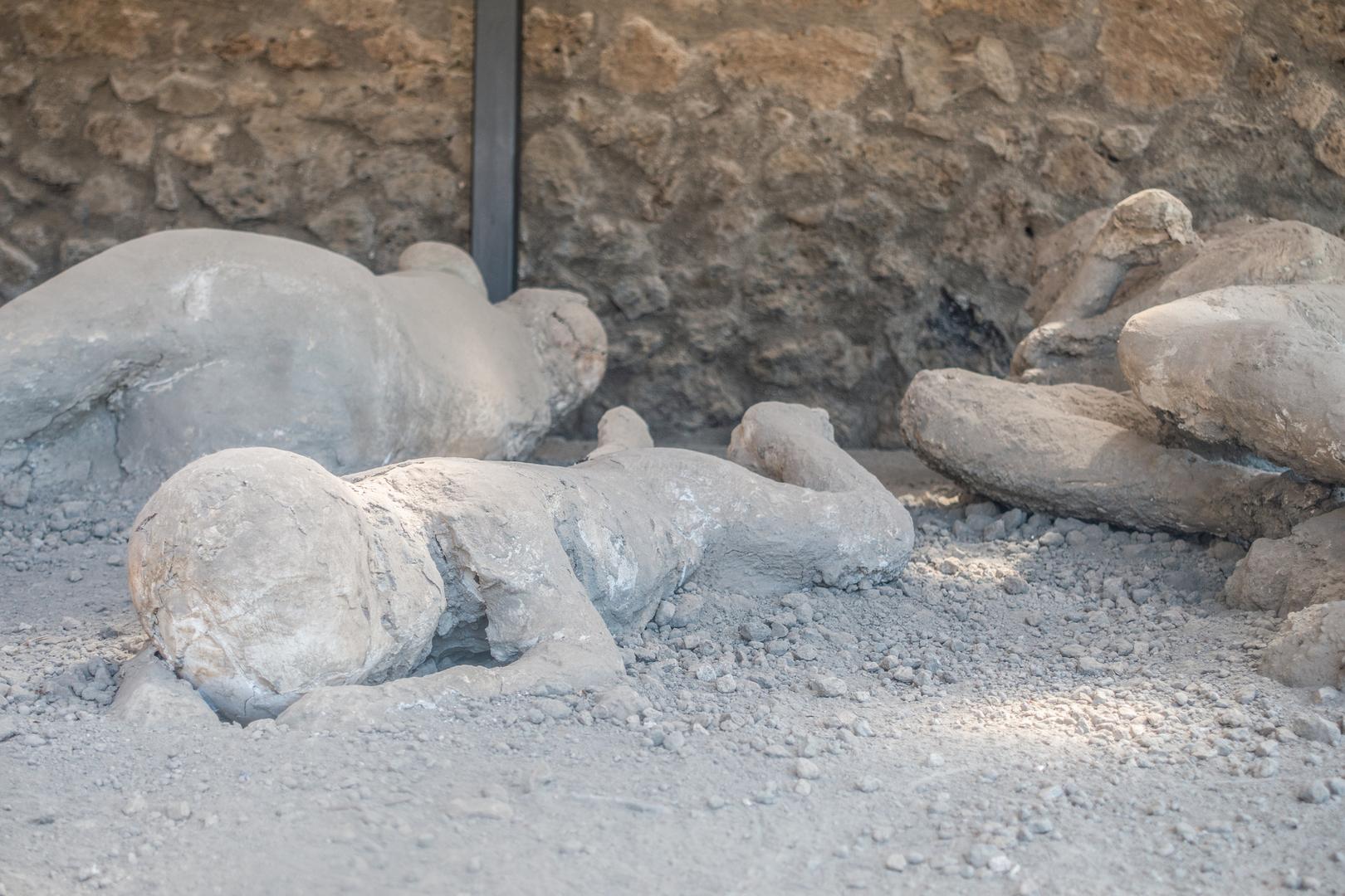ضحايا مدينة بومبي القديمة في إيطاليا