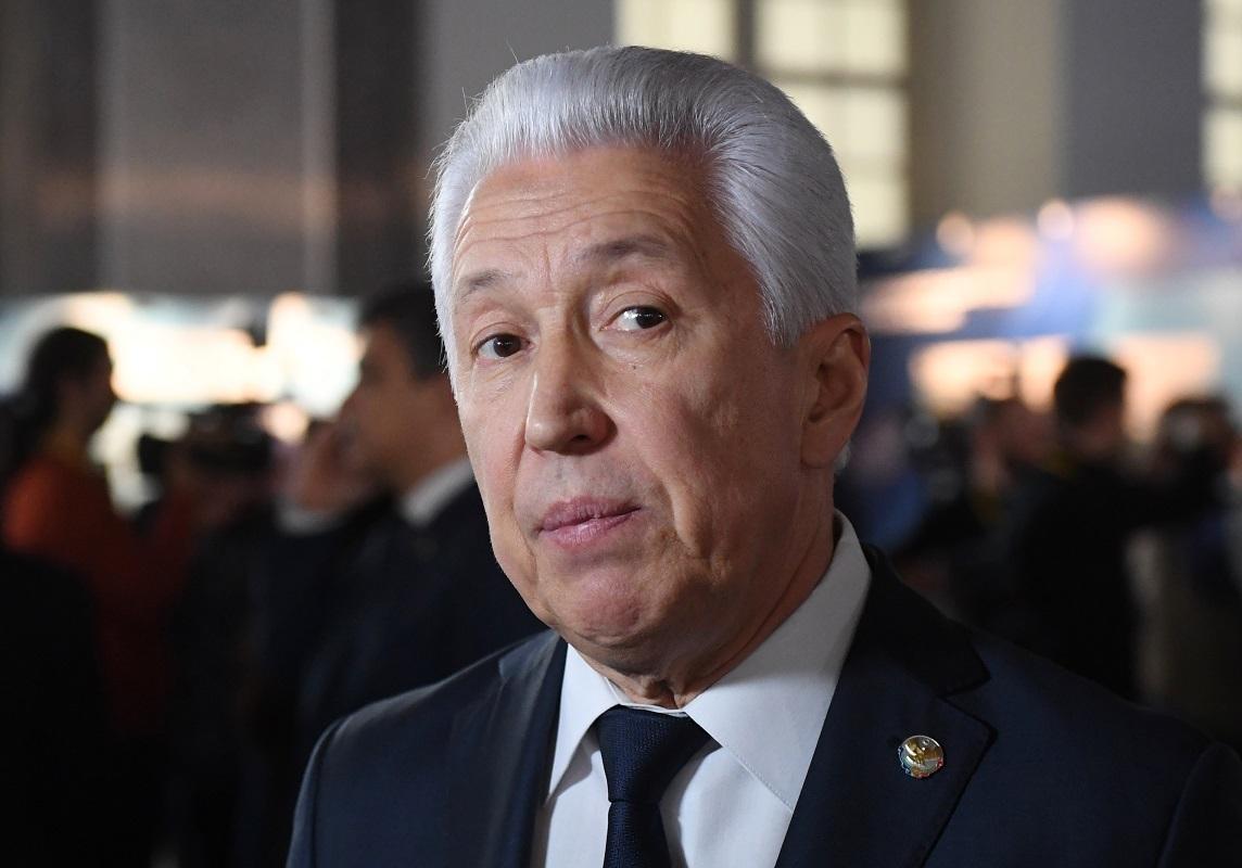 رئيس جمهورية داغستان الروسية السابق، فلاديمير فاسيليف