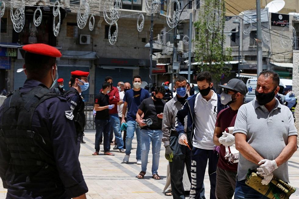 الأردن.. نشر عناصر الجيش في جميع مدن المملكة بسبب التفشي الكبير لكورونا