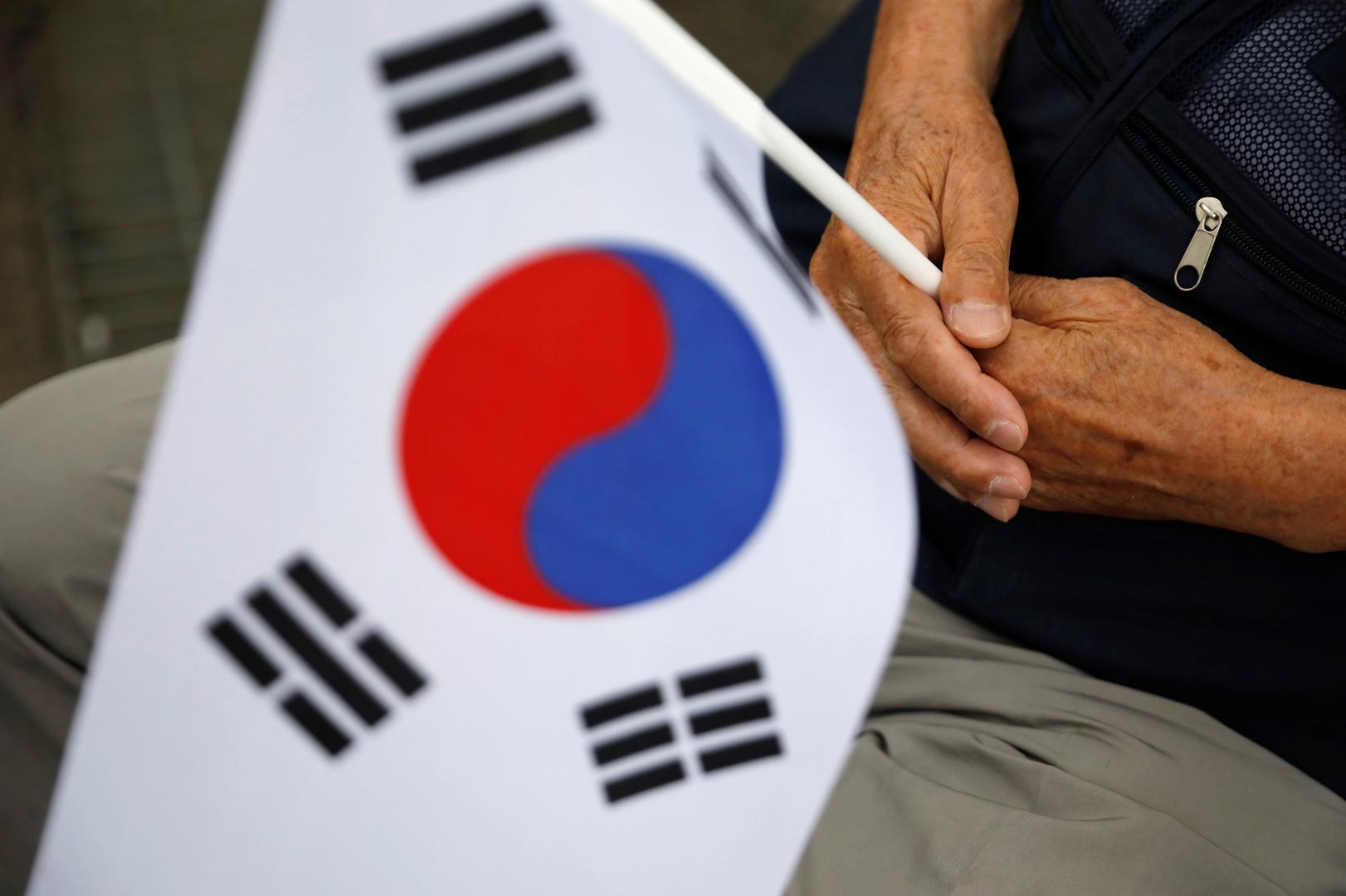 بعد فضيحة التحرش بنيوزيلندا.. كوريا الجنوبية تعيش نفس الواقعة ثانية في قنصليتها بلوس أنجلوس!