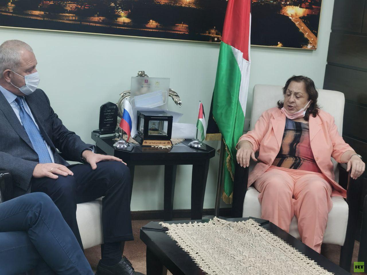 السلطة الفلسطينية تتسلم شحنة مساعدات طبية من روسيا