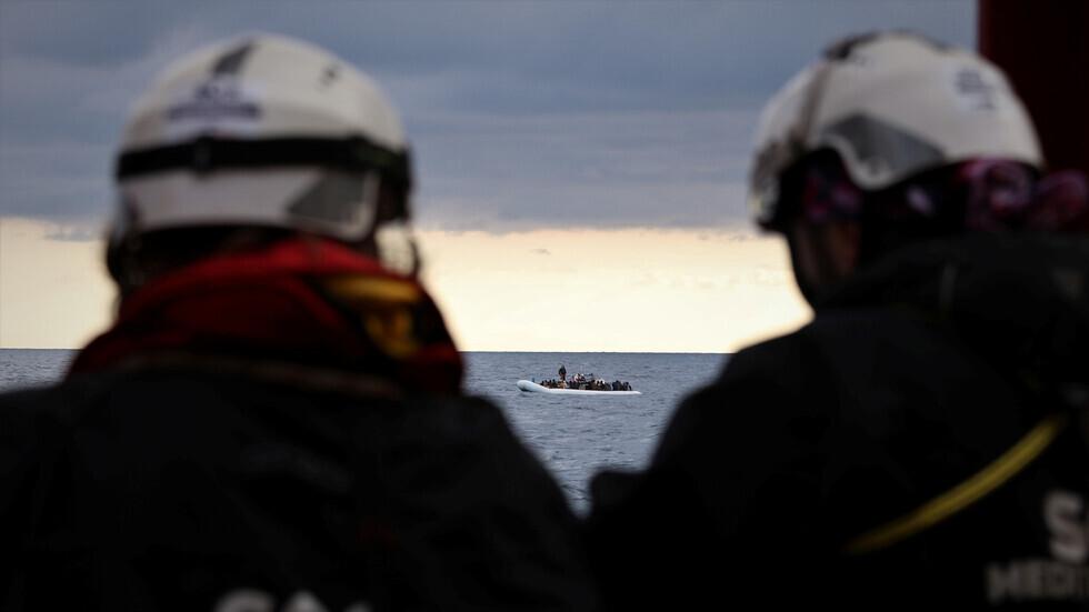 خفر السواحل التونسي ينتشل جثث 11 مهاجرا