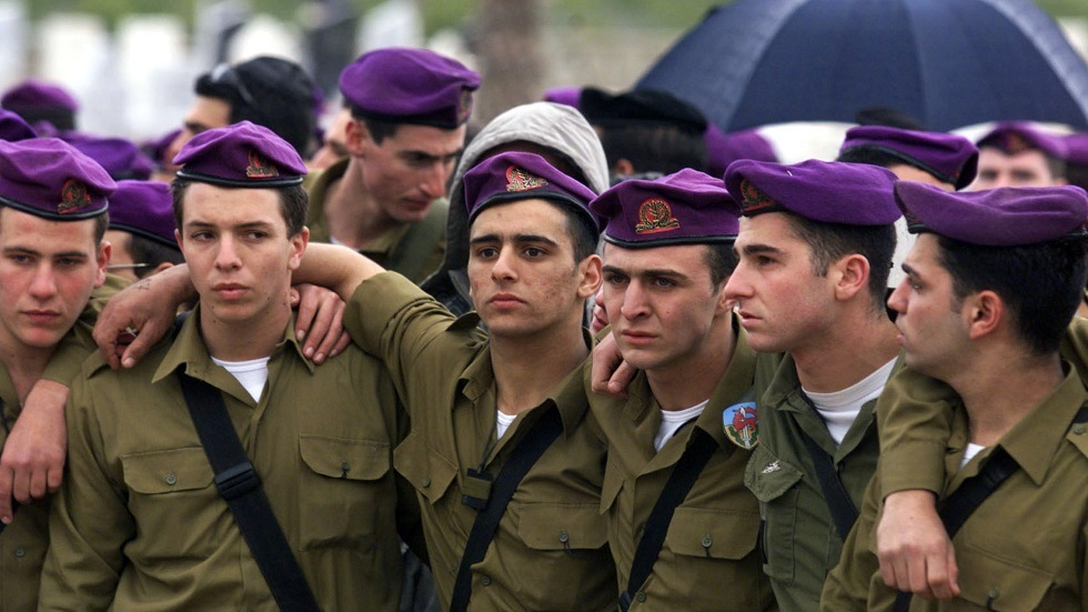 جنود من لواء