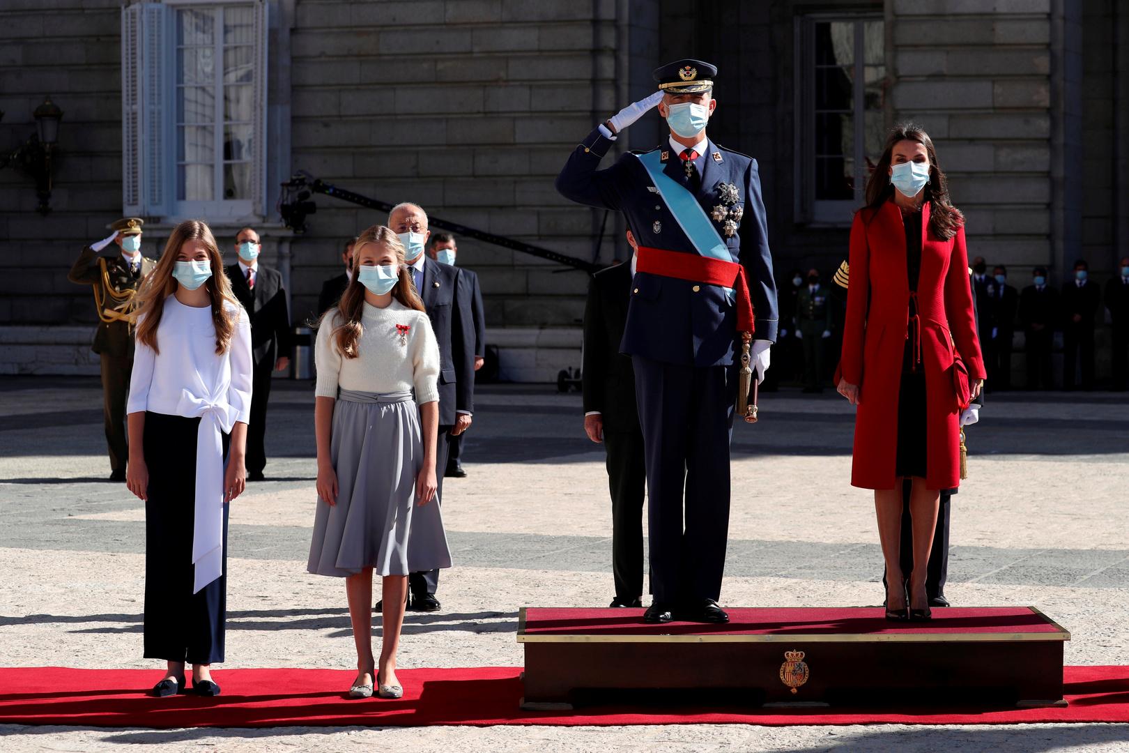 ملك إسبانيا فيليبي وأسرته في العيد الوطني 12 أكتوبر 2020.